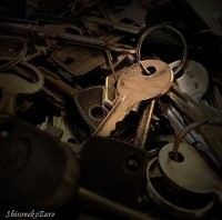 Old Keys - ShironekoEuro (via Flickr)