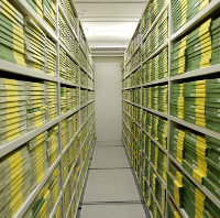Film archive storage in DR-Byen, por DRs Kulturarvsprojekt (via Flickr)